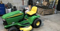 John Deere LT180 ride on mower